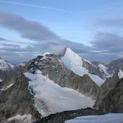Matterhorn,Wellenkuppe und Dent Blanches