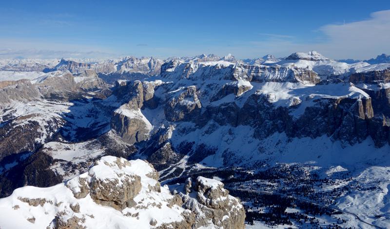 Traumhaftes Panorama mit Heiligkreuzkofel